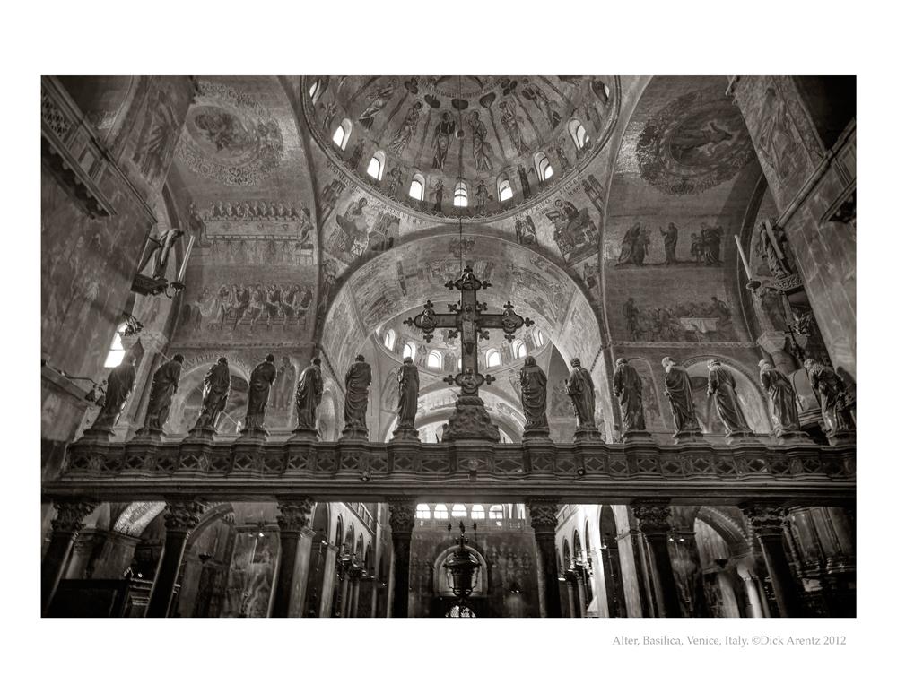 Basilica-Alter-2012-8x10-Pd