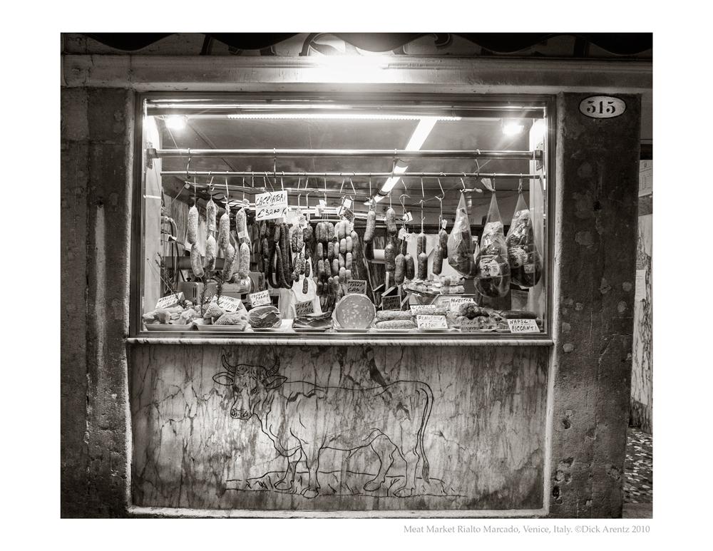 Meat-Market-Marcado-2010-8x10-Pd