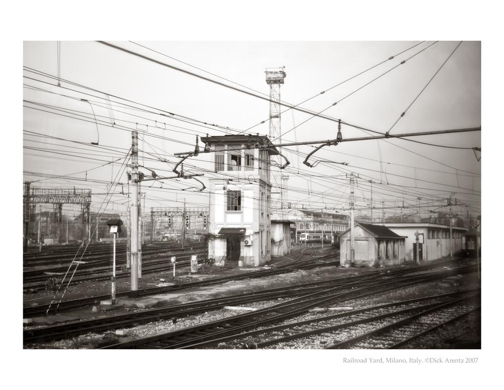 RR-Yard-Milano-8x10-Pd