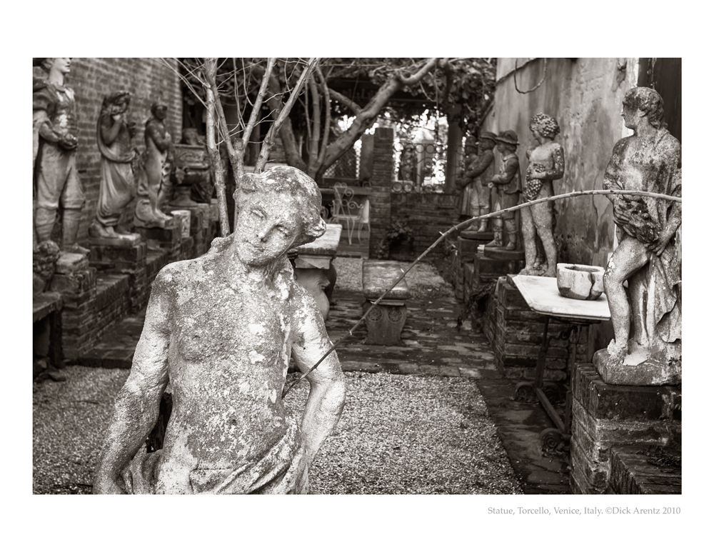 Statue-Torcello-2010-8x10-Pd