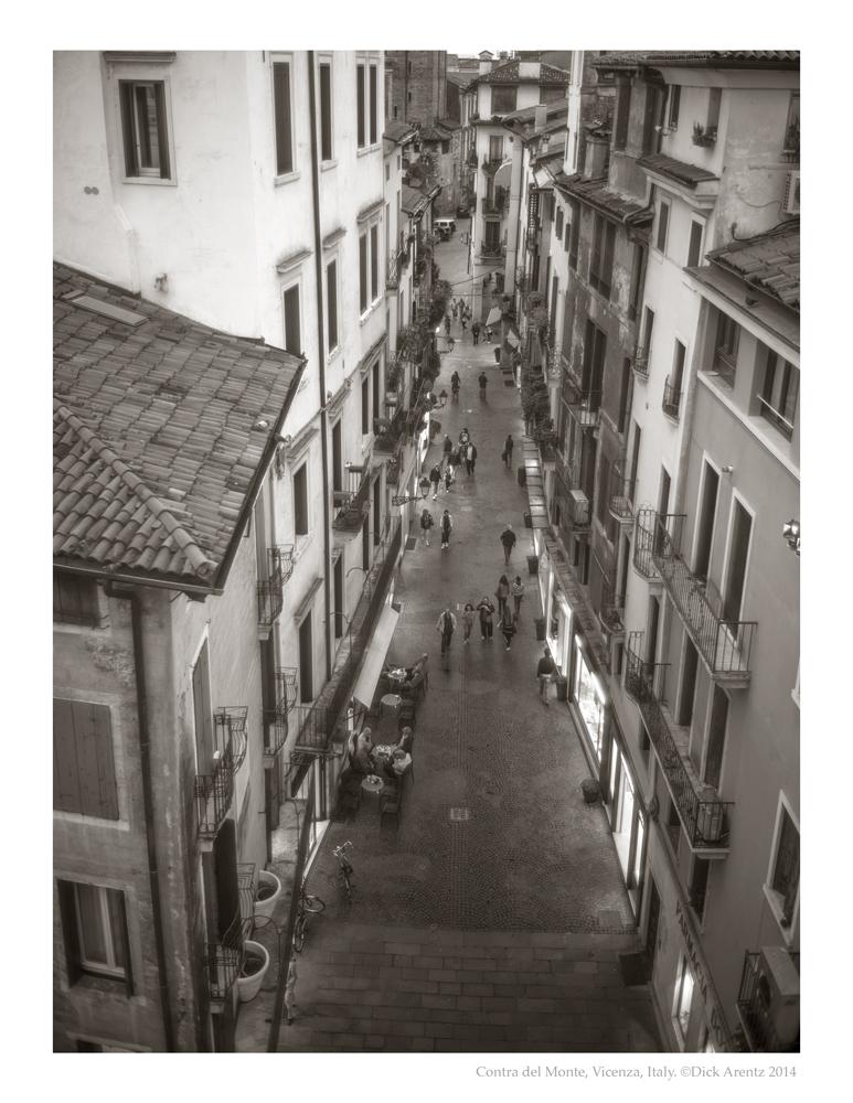 Contra-del-Monte-Vicenza