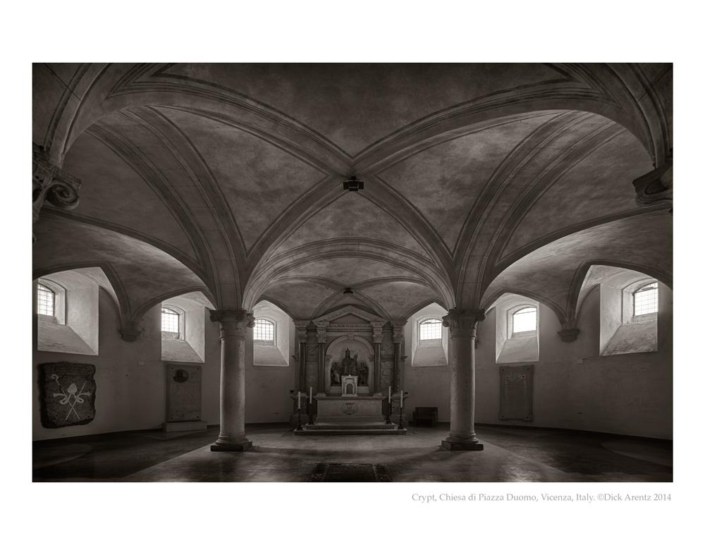 Crypt-Ch-di-Piazza-Duomo-Vicenza