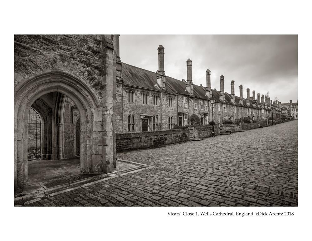 Vicars'-Close-1