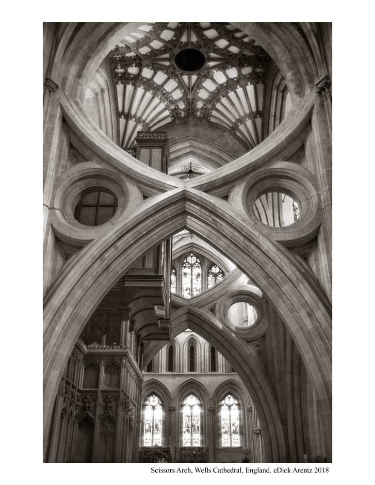 Scissor-Arch-Wells